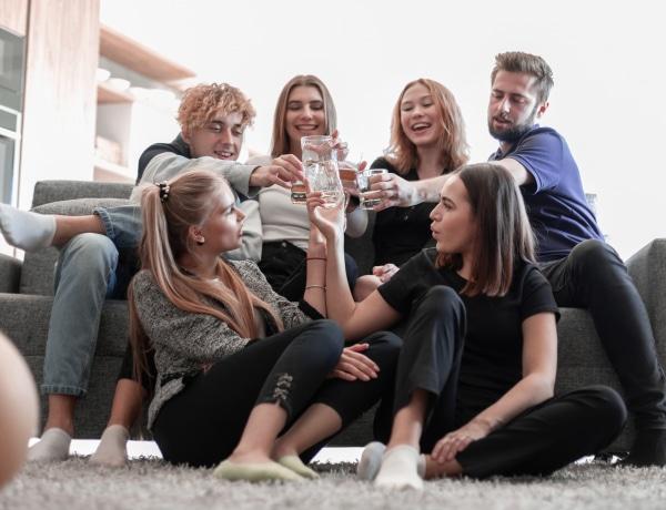 7 ivós játék, hogy könnyebben oldódjon a szombat esti hangulat