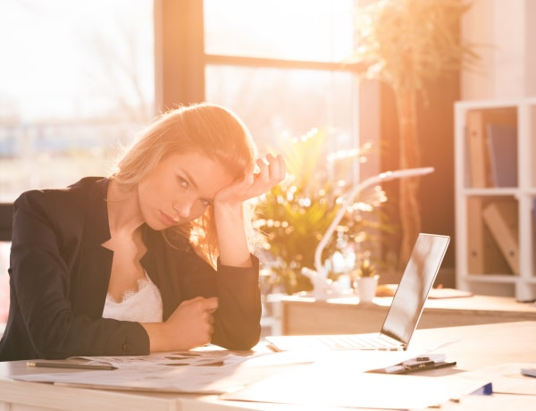 8 stressz okozta tünet, amit nem szabad figyelmen kívül hagyni