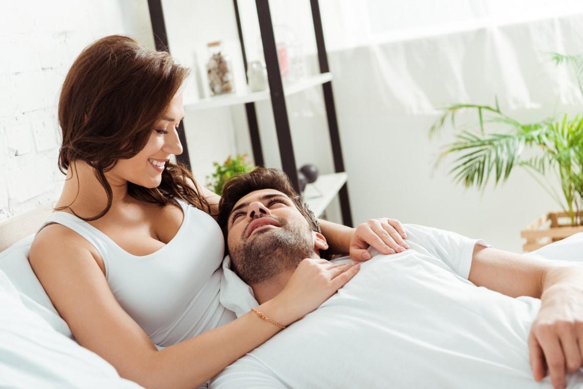 Így árulkodik a férfi testbeszéde arról, hogy hogyan viszonyul a nőhöz