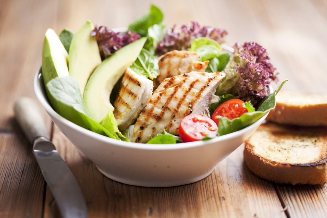 Csirke saláta