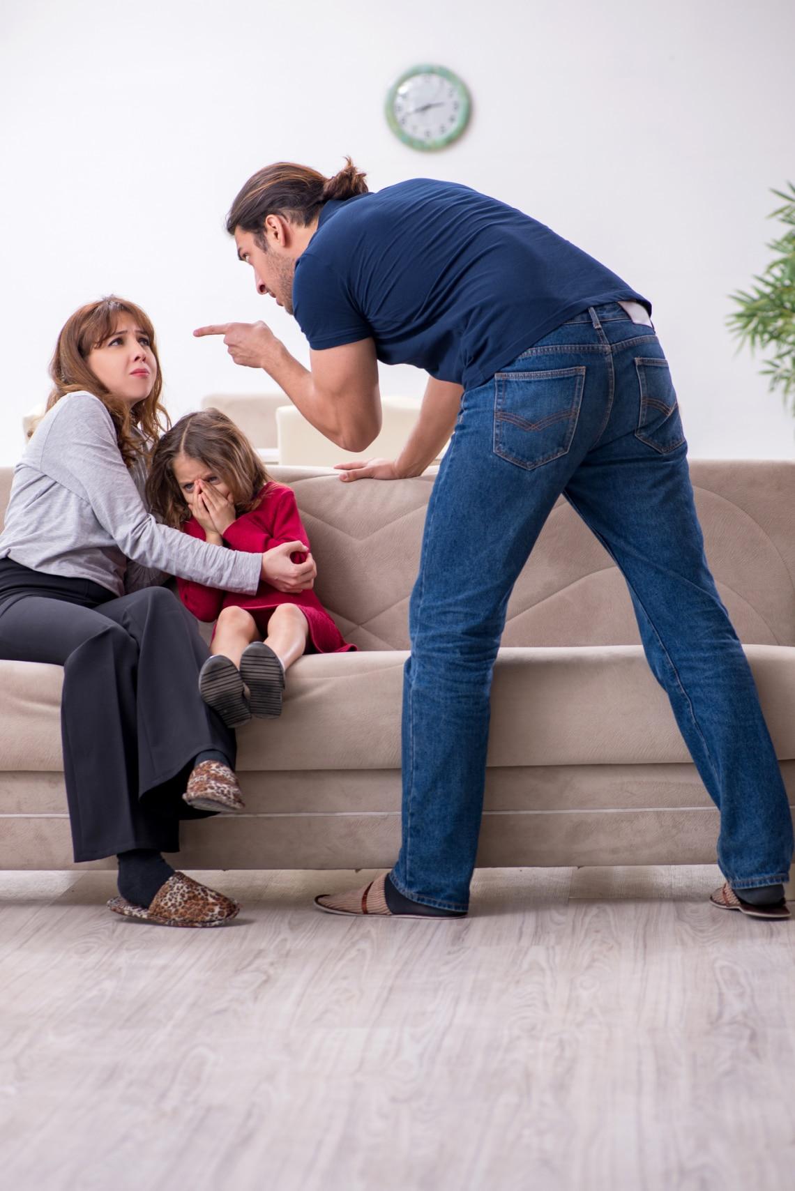 A gyerek eltanulhatja a bántalmazó normákat
