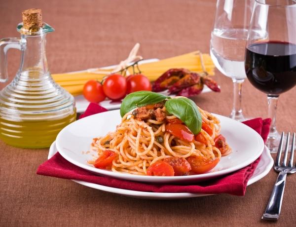 10 perc alatt elkészíthető vacsorák, amiktől leesik a vendégeid álla