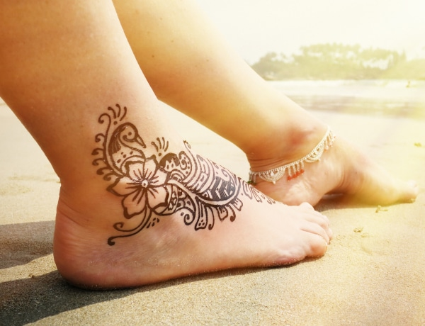 Testrészek, ahol kimondottan előnyösek a női tetoválások