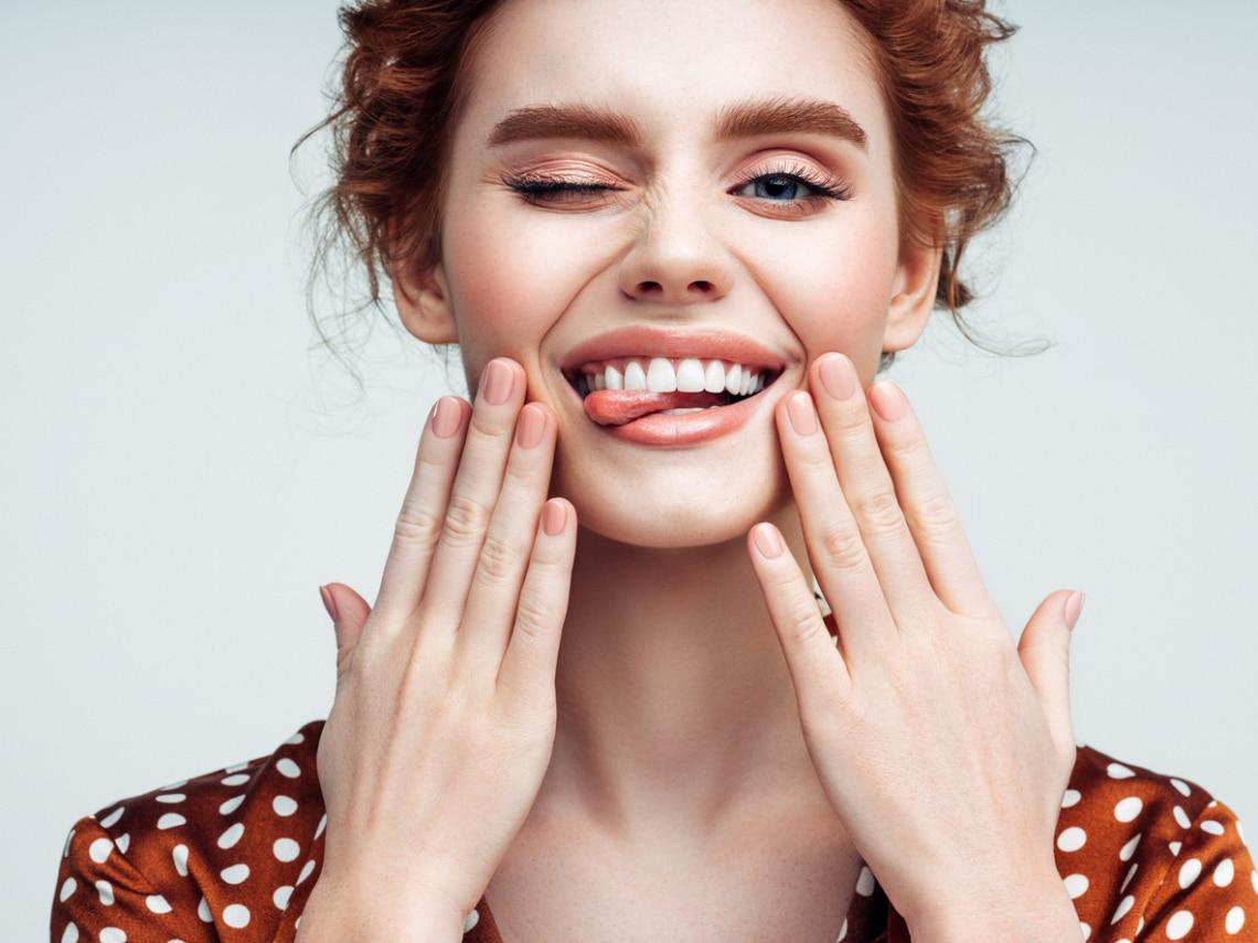Ez a legjobb házi fogfehérítési módszer, ha szikrázó mosolyra vágsz