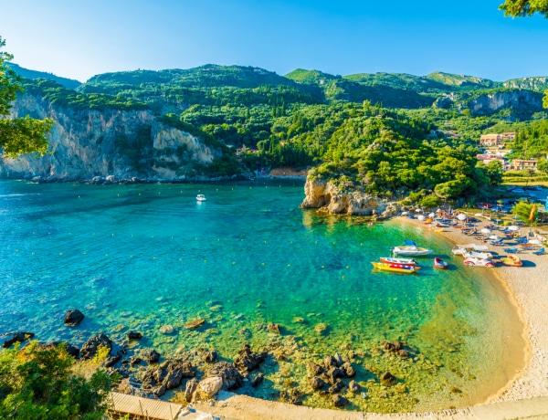 Ez Európa 10 legolcsóbb strandja, ahol ráadásul a látvány is káprázat