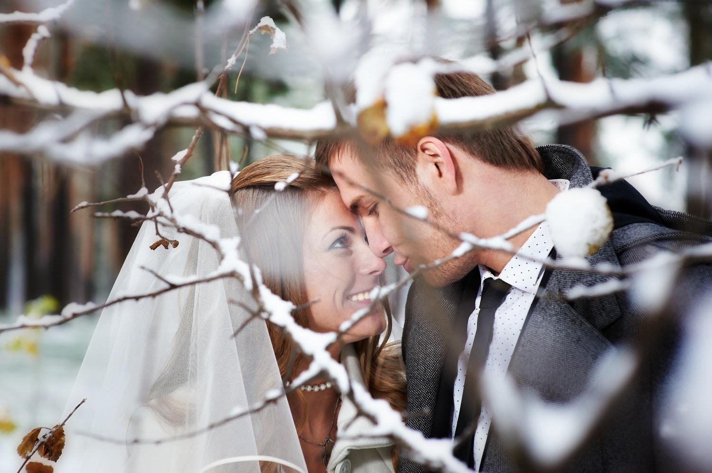 Álomszép dekorációk téli esküvőkre