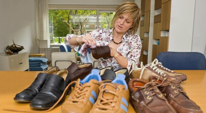 Így ápold a cipőket, hogy szinte újaknak tűnjenek