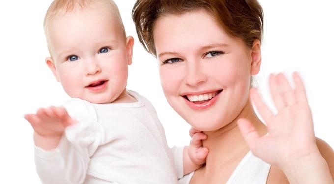 Így fejlődik a kisbaba élete első évében