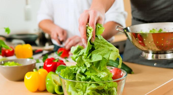 Így készítsd elő az ételeidet, hogy ne kapj fertőzést