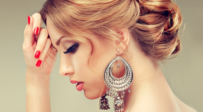 Így lehetsz ragyogóan szép a szilveszteri bulin