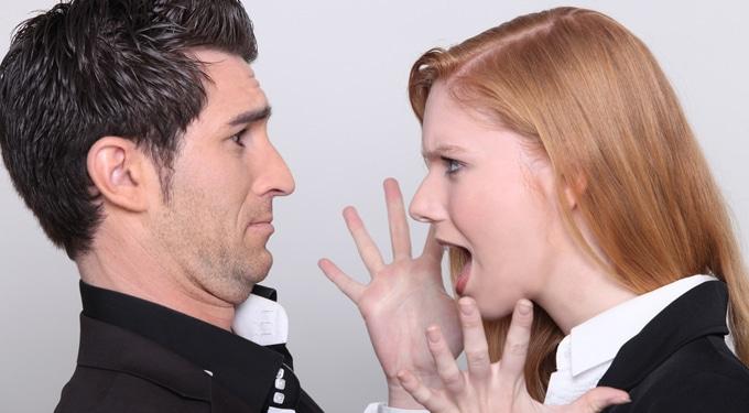 Így vedd észre, ha érzelmileg zsarolnak