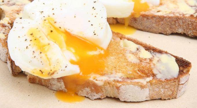 Ínycsiklandóan finom reggelik: pár perc alatt elkészülnek
