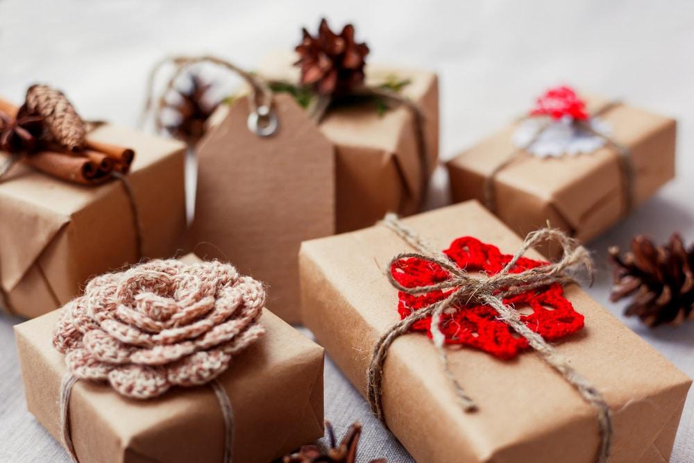 Ötletek, amikkel a legegyszerűbb ajándékokat is személyessé teheted
