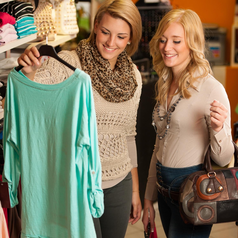 Új vagy használt ruhát vásárolj? Előnyök és hátrányok