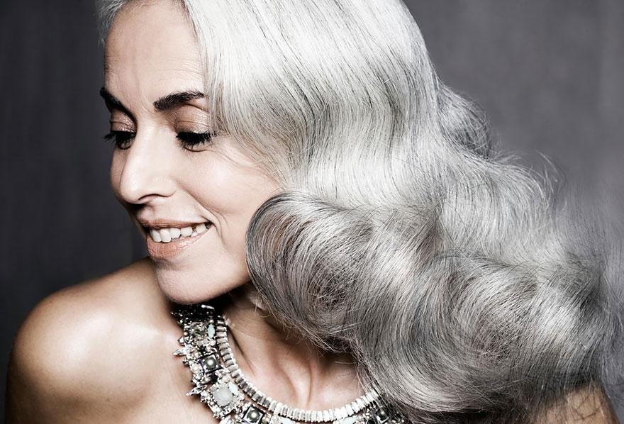 Őszhajú nagymama és fehérneműmodell – Szeretnénk mi is így kinézni az ő korában