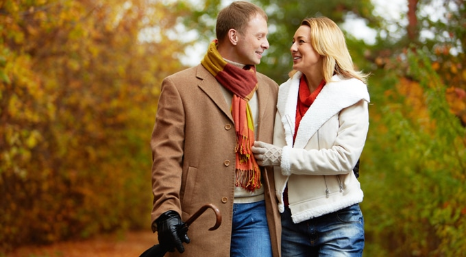Őszi randi tippek, amik felélénkítik a hétvégéket