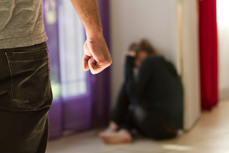 """""""Ütött, rúgott, de mellette kellett maradnom"""" Őszinte vallomás a családon belüli erőszakról"""