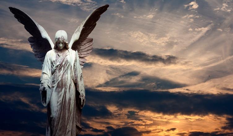 """""""Ha valakit őszintén szeretsz, szívedben angyallá változik"""" – Angyali idézetek"""
