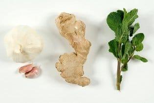 10 étel, ami semlegesíti a fokhagymát