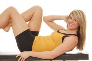 10 fitnesz gyakorlat, amelyet otthon is elvégezhetsz