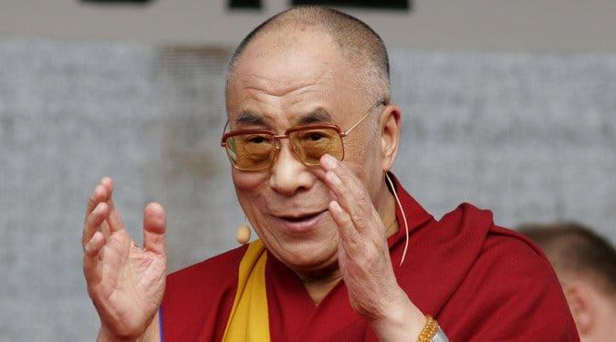20 örök érvényű intelem a Dalai Lámától – Az élet minden szakaszára igaz