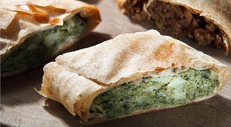 20 perces receptek a sütőből – Brokkolis rétes és kókuszos-banános gratin