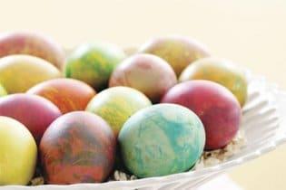22 tojásfestő és díszítő tipp