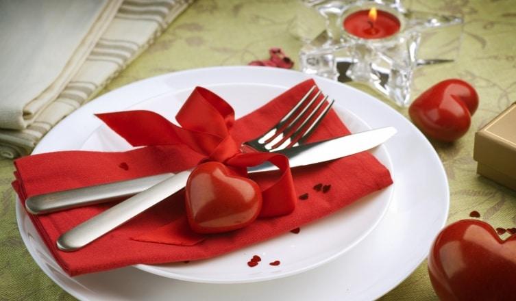 Így teríts meg egy romantikus vacsorához