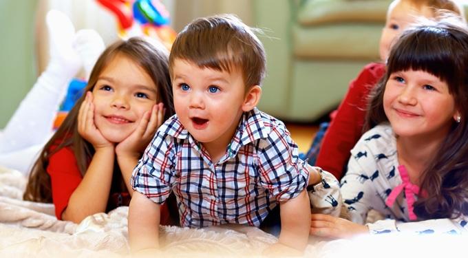4 mese, amit mutass meg a gyerekeidnek is!