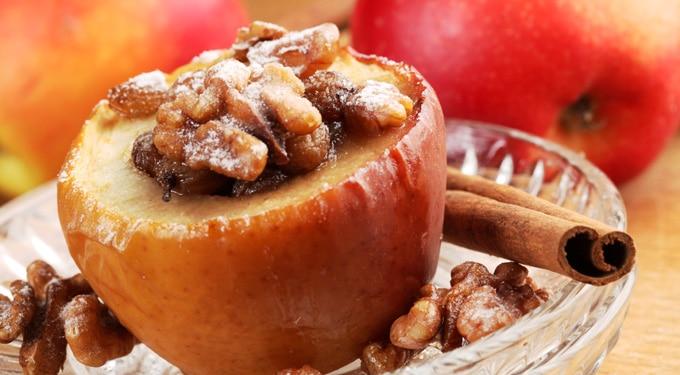 4 sült alma recept: töltve, szósszal, édesen és sósan