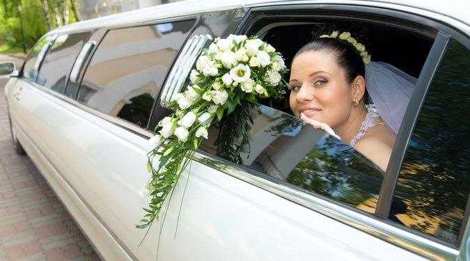 6 stílusos esküvői jármű