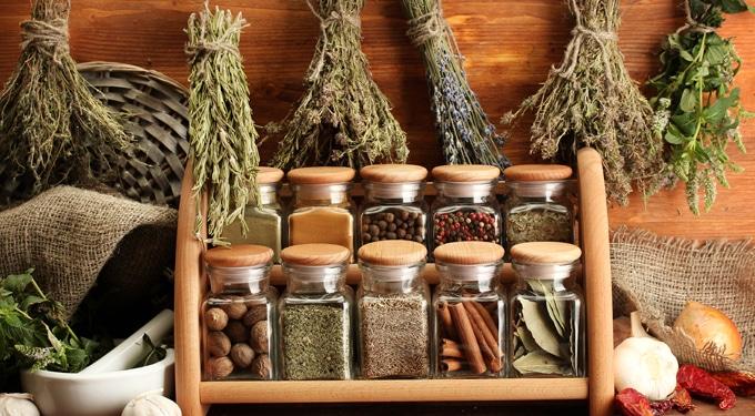 6 tipp a friss és a szárított fűszerek tárolásához és felhasználásához