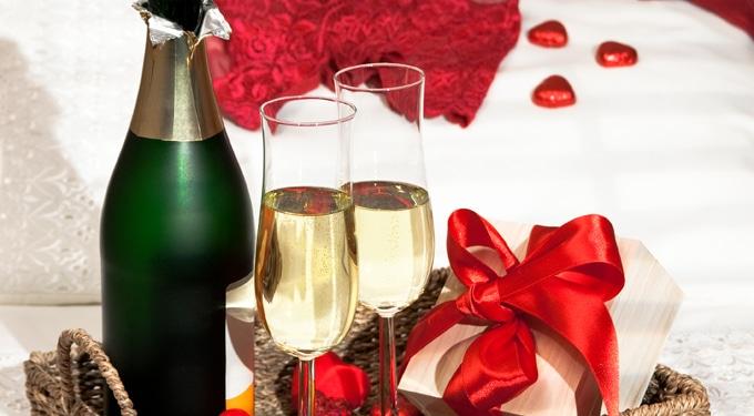 8 romantikus meglepetés, amellyel újra meghódítod!