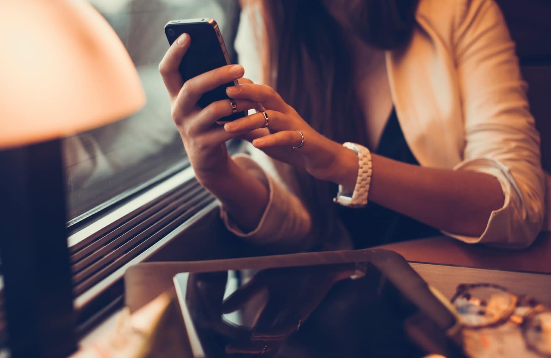 """A 21. század betegsége: az """"üzenetíró szindróma"""""""