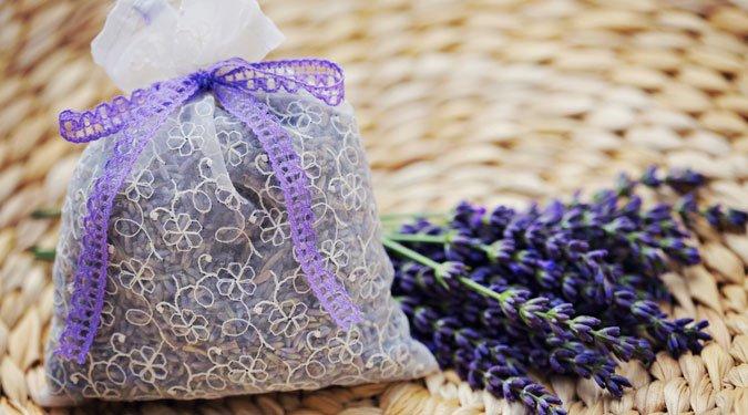 A 8 legjobb lakás illatosítási módszer