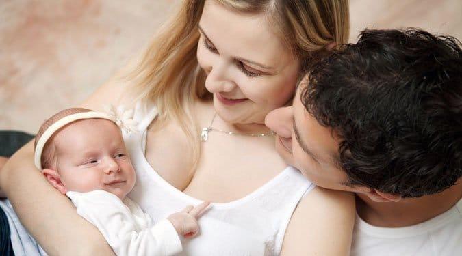A baba érkezésével veszélybe kerül a párkapcsolat?