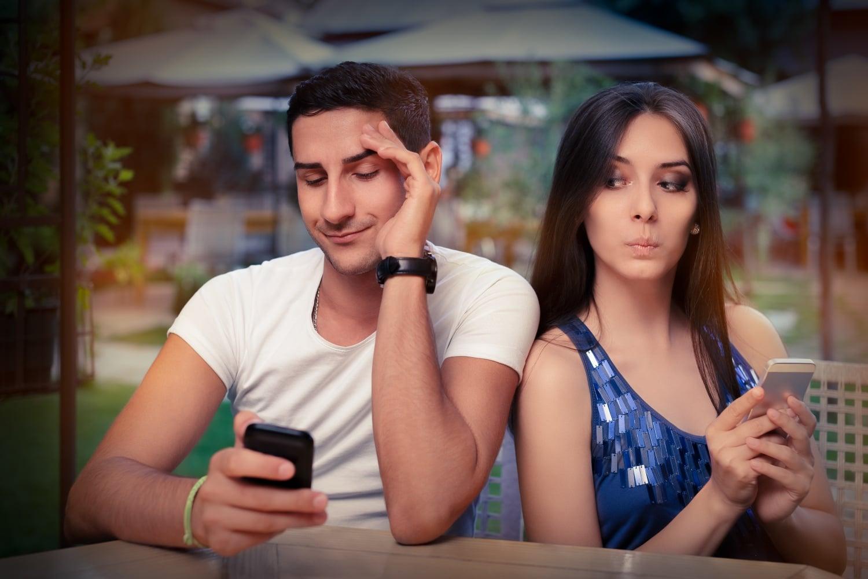 A féltékenység kialakulásának 5 lehetséges oka