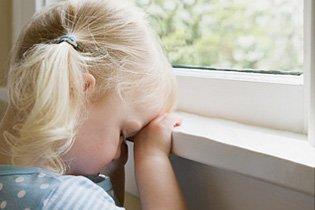 A függetlenség kora. Mikortól hagyhatjuk a gyereket egyedül otthon?