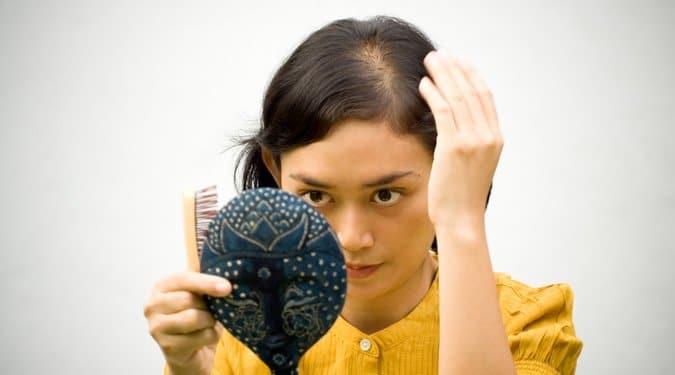 A hajhullás 8 lehetséges oka