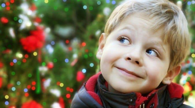 A karácsony 4 legnagyobb veszélyforrása a gyerekekre