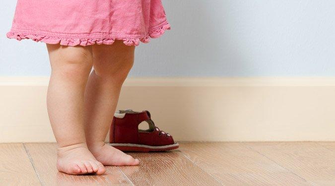 A lúdtalp megelőzése a kisbabáknál