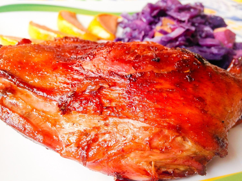 A legistenibb Márton-napi lakoma receptje: libacomb birsalmával és vöröskáposztával