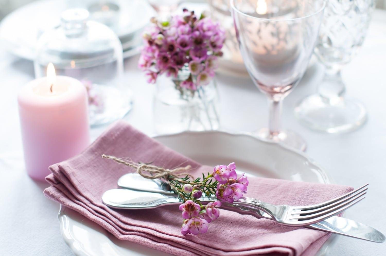 A legszebb nyári asztalterítékek pofonegyszerű kivitelezésben