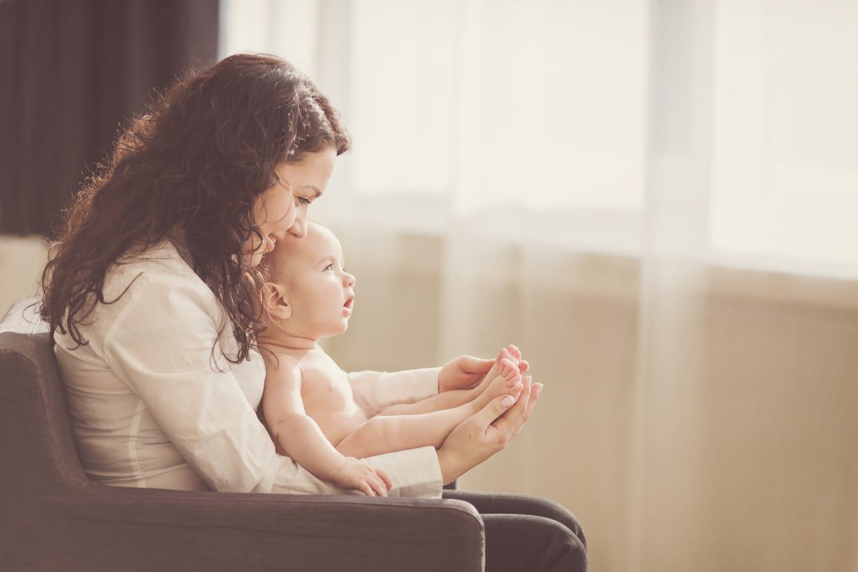 A nyugodt kismamalét titkai: eszközök a baba megnyugtatásához