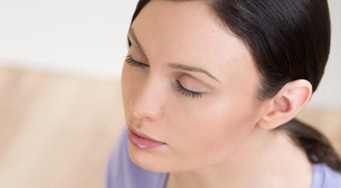 A pszichofitnesz öt kulcsszava: kacagj, kocogj, lazíts, érints, segíts