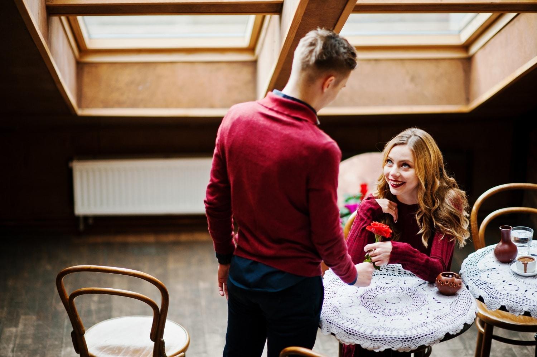 A randevú illemtana – Tisztában vagy az ismerkedés etikettjével?