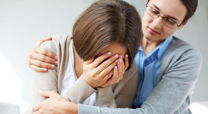A sajnálat valójában lenézés – Így viselkedjünk embertársainkkal