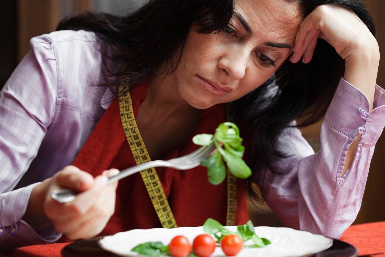 A zsírkerülő és a kalóriaguru: 5 féle ember, aki csak hiszi, hogy egészségesen táplálkozik