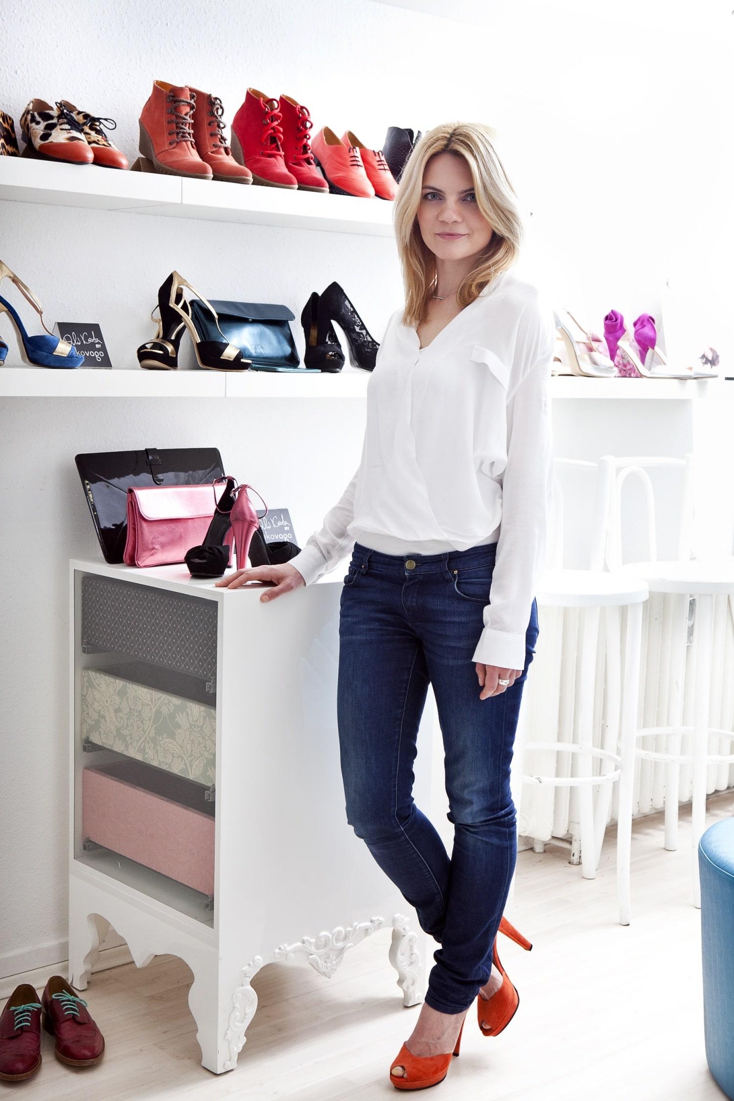 Az egyedi cipők világában – Interjú Vágó Réka cipőtervezővel
