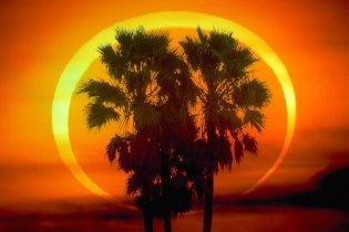 Az egyetlen gyűrűs napfogyatkozás a XXI. században